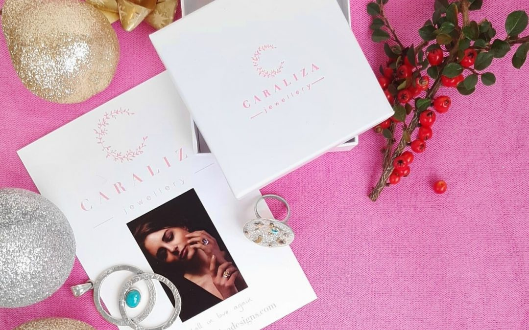 Fall in Love with Caraliza Gifts this Christmas!