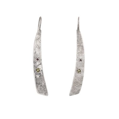 """Tribal Elegance"" Peridot Garnet Textured Earrings, ethically handcrafted jewellery in sterling silver by Caraliza Designs"